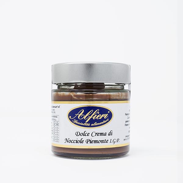 dolce crema di nocciole piemontesi